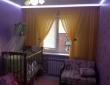 Сочетание тюли и плиссе в детской комнате