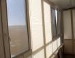 Рулонные Нано-шторы и плиссе на лоджии_2