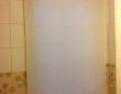 75. Рулонная штора в ванной комнате